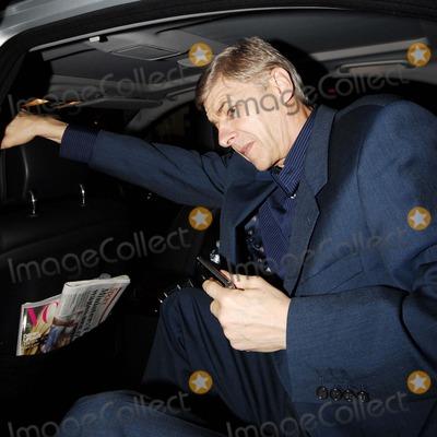 Arsene Wenger, Oxford Circus Photo - London .UK. Arsenal Football team manager Arsene Wenger arriving for the  launch party for 'NikeID'  at Niketown, Oxford Circus, 1st November 2007. Steve McGarry/Landmark Media.