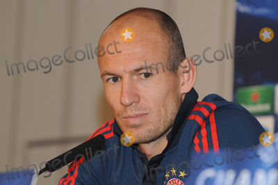 Arjen Robben, Bayern Munich, The Game Photo - London. UK.  Bayern Munich player Arjen Robben at a press conference at the Landmark Hotel before their game against Arsenal in the Champions League match against Arsenal. Bayern Munich won the game 2-0 on the 19th February 2014.  Press conference 17th February 2014. Ref:LMK326-47733-210214.  Matt Lewis/Landmark Media. 