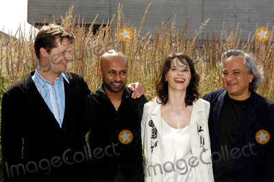 Akram Khan, Anish Kapoor, Juliette Binoche Photo - London, UK. (From L-R) Composer Philip Sheppard, Dancer and choreographer Akram Khan, actress Juliette Binoche  and Artist Anish Kapoor (who is designing the set) attending the launch of the new dance, theatre and film collaboration Ju'bi lation at Olivier Stalls Foyer level 2, National Theatre on the South Bank. 4th July 2008.