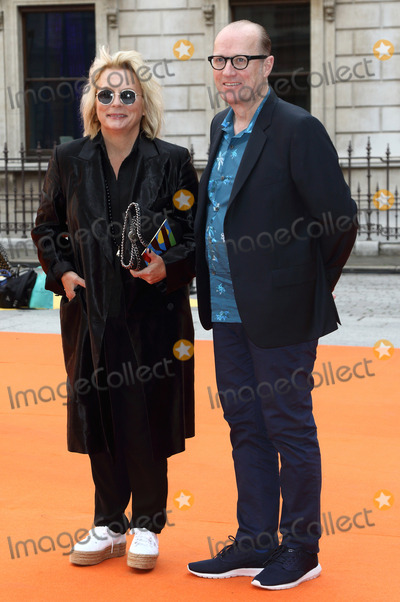Adrian Edmondson, Jennifer Saunders Photo - London, UK. Jennifer Saunders and Adrian Edmondson at Royal Academy Summer Exhibition 2017 VIP Preview party at the Royal Academy of Arts, Piccadilly, London on 7th June 2017.