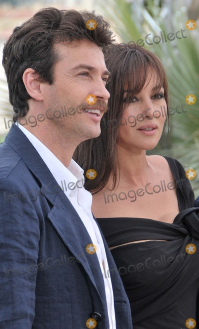 Alessio Boni, Monica Bellucci Photo - Cannes.France. Alessio Boni  and  Monica Bellucci at a photocall for their film  'Une Historie Italienne' . 19th May 2008. 61st Cannes Film Festival. 19th May 2008. Syd/Landmark Media.