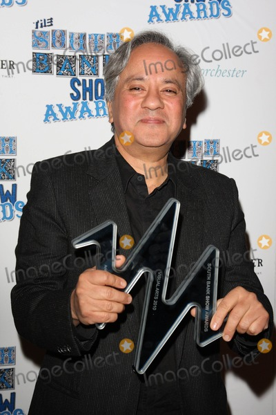 Anish Kapoor Photo - London, UK.  Anish Kapoor at The South Bank Show Awards held at the Dorchester Hotel in Park Lane. 