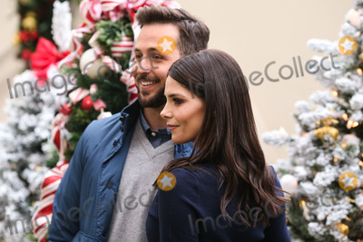 Ashley Greene, Four Seasons, ASHLEY GREEN Photo - BEVERLY HILLS, LOS ANGELES, CA, USA - DECEMBER 09: Australian TV personality Paul Khoury and wife/actress Ashley Greene arrive at the Brooks Brothers Annual Holiday Celebration In Los Angeles To Benefit St. Jude 2018 held at the Beverly Wilshire Four Seasons Hotel on December 9, 2018 in Beverly Hills, Los Angeles, California, United States. (Photo by Xavier Collin/Image Press Agency)