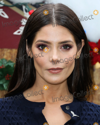 Ashley Greene, Four Seasons, ASHLEY GREEN Photo - BEVERLY HILLS, LOS ANGELES, CA, USA - DECEMBER 09: Actress Ashley Greene arrives at the Brooks Brothers Annual Holiday Celebration In Los Angeles To Benefit St. Jude 2018 held at the Beverly Wilshire Four Seasons Hotel on December 9, 2018 in Beverly Hills, Los Angeles, California, United States. (Photo by Xavier Collin/Image Press Agency)