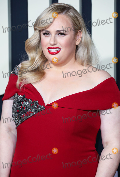 Badgley & Mischka, Badgley Mischka, Badgley-Mischka, JoJo, Rebel Wilson Photo - HOLLYWOOD, LOS ANGELES, CALIFORNIA, USA - OCTOBER 15: Actress Rebel Wilson wearing a Badgley Mischka dress arrives at the Premiere Of Fox Searchlight's 'Jojo Rabbit' held at the Hollywood American Legion Post 43 on October 15, 2019 in Hollywood, Los Angeles, California, United States. (Photo by David Acosta/Image Press Agency)