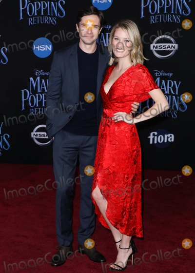 Ashley Hinshaw, Topher Grace Photo - HOLLYWOOD, LOS ANGELES, CA, USA - NOVEMBER 29: Topher Grace, Ashley Hinshaw arrive at the World Premiere Of Disney's 'Mary Poppins Returns' held at the El Capitan Theatre on November 29, 2018 in Hollywood, Los Angeles, California, United States. (Photo by David Acosta/Image Press Agency)