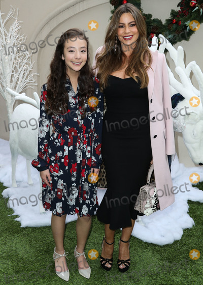 Four Seasons, Sofia Vergara, Aubrey Anderson-Emmons, Aubrey Anderson Photo - BEVERLY HILLS, LOS ANGELES, CA, USA - DECEMBER 09: Actresses Aubrey Anderson-Emmons and Sofia Vergara arrive at the Brooks Brothers Annual Holiday Celebration In Los Angeles To Benefit St. Jude 2018 held at the Beverly Wilshire Four Seasons Hotel on December 9, 2018 in Beverly Hills, Los Angeles, California, United States. (Photo by Xavier Collin/Image Press Agency)