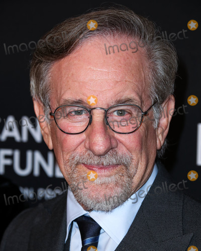 Four Seasons, Steven Spielberg Photo - BEVERLY HILLS, LOS ANGELES, CA, USA - FEBRUARY 28: Director Steven Spielberg arrives at The Women's Cancer Research Fund's An Unforgettable Evening Benefit Gala 2019 held at the Beverly Wilshire Four Seasons Hotel on February 28, 2019 in Beverly Hills, Los Angeles, California, United States. (Photo by Xavier Collin/Image Press Agency)