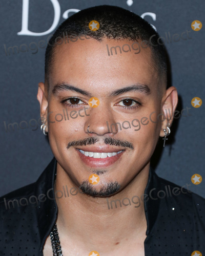 Photo - BEVERLY HILLS, LOS ANGELES, CA, USA - FEBRUARY 09: Actor Evan Ross arrives at The Recording Academy And Clive Davis' 2019 Pre-GRAMMY Gala held at The Beverly Hilton Hotel on February 9, 2019 in Beverly Hills, Los Angeles, California, United States. (Photo by Xavier Collin/Image Press Agency)