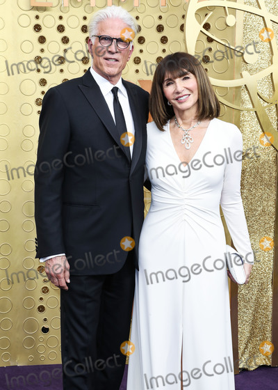 Mary Steenburgen, Ted Danson, Teairra Marí Photo - LOS ANGELES, CALIFORNIA, USA - SEPTEMBER 22: Ted Danson and Mary Steenburgen arrive at the 71st Annual Primetime Emmy Awards held at Microsoft Theater L.A. Live on September 22, 2019 in Los Angeles, California, United States. (Photo by Xavier Collin/Image Press Agency)