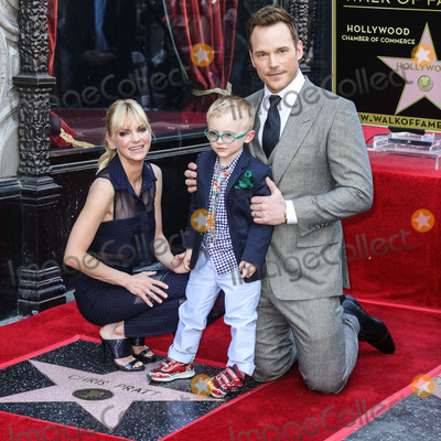 "Anna Faris, Chris Pratt, Giuseppe Zanotti, Anna Maria Perez de Taglé, Jackée Photo - (FILE) Chris Pratt and Anna Faris Divorce Settlement Details Revealed. The details of the divorce settlement between Chris Pratt and Anna Faris are coming to light. The two, who obtained a private judge to work out the deal, reportedly signed off on the deal on Wednesday (November 7, 2018) according to TMZ. According to the documents, they have agreed to live ""no more than five miles apart for about the next five years."" This deal was made so that the two parents stay in place until their six-year-old son, Jack, completes the sixth grade. HOLLYWOOD, LOS ANGELES, CA, USA - APRIL 21: Anna Faris (wearing a Vivian Chan skirt and shirt with Giuseppe Zanotti shoes), Jack Pratt and Chris Pratt attend a Ceremony Honoring Chris Pratt With Star On The Hollywood Walk Of Fame on April 21, 2017 in Hollywood, Los Angeles, California, United States. (Photo by Xavier Collin/Image Press Agency)"