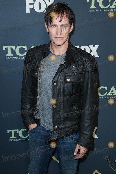 Stephen Moyer, Stephen Moyer- Photo - PASADENA, LOS ANGELES, CA, USA - FEBRUARY 06: Actor Stephen Moyer arrives at the FOX Winter TCA 2019 All-Star Party held at The Fig House on February 6, 2019 in Pasadena, Los Angeles, California, United States. (Photo by Xavier Collin/Image Press Agency)