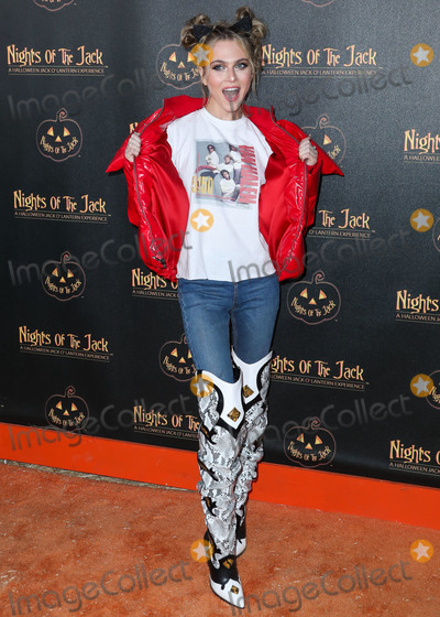 Ann Winters, Anne Winters, Jackée Photo - CALABASAS, LOS ANGELES, CALIFORNIA, USA - OCTOBER 02: Anne Winters arrives at Nights of the Jack Friends and Family Night 2019 held at King Gillette Ranch on October 2, 2019 in Calabasas, Los Angeles, California, United States. (Photo by Xavier Collin/Image Press Agency)
