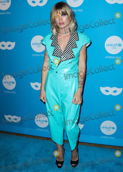 Anabel Englund Photo - LOS ANGELES, CA, USA - OCTOBER 25: Anabel Englund at the Sixth Annual UNICEF Masquerade Ball held at Clifton's Republic on October 25, 2018 in Los Angeles, California, United States. (Photo by Xavier Collin/Image Press Agency)