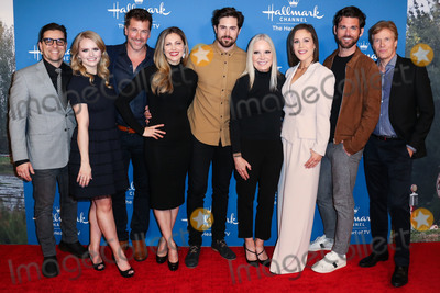 Four Seasons, Jack Wagner, Jackée, Paul Green, Kavan Smith, Erin Krakow, Michelle Vicary, Paul Greene, Pascale Hutton, Andrea Brooks Photo - BEVERLY HILLS, LOS ANGELES, CALIFORNIA, USA - FEBRUARY 11: Kavan Smith, Andrea Brooks, Paul Greene, Pascale Hutton, Chris McNally, Michelle Vicary, Erin Krakow, Kevin McGarry and Jack Wagner arrive at Hallmark Channel's 'When Calls the Heart' Season 7 Premiere Celebration held at the Beverly Wilshire, A Four Seasons Hotel on February 11, 2020 in Beverly Hills, Los Angeles, California, United States. (Photo by Xavier Collin/Image Press Agency)