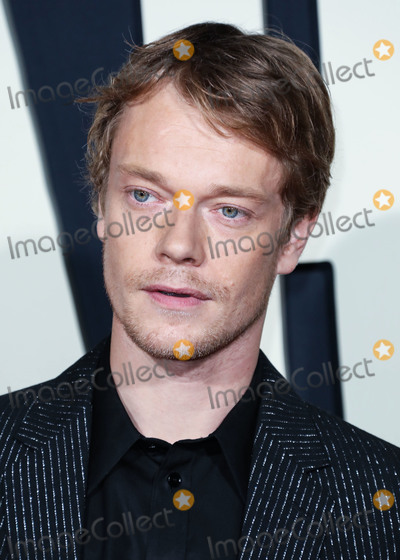 Alfie Allen, JoJo Photo - HOLLYWOOD, LOS ANGELES, CALIFORNIA, USA - OCTOBER 15: Actor Alfie Allen arrives at the Premiere Of Fox Searchlight's 'Jojo Rabbit' held at the Hollywood American Legion Post 43 on October 15, 2019 in Hollywood, Los Angeles, California, United States. (Photo by David Acosta/Image Press Agency)