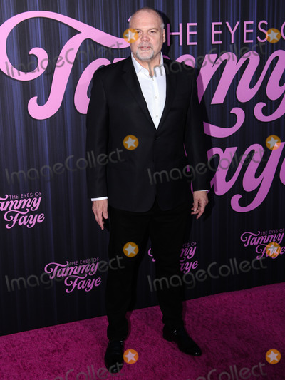 Photo - MANHATTAN, NEW YORK CITY, NEW YORK, USA - SEPTEMBER 14: Actor Vincent D'Onofrio arrives at the New York Premiere Of Fox Searchlight Pictures' 'The Eyes Of Tammy Faye' held at the SVA Theater on September 14, 2021 in Manhattan, New York City, New York, United States. (Photo by Kevin Lian/Image Press Agency)