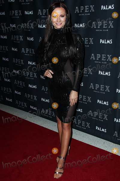 Robin Thicke, Caitlin O'Connor Photo - LAS VEGAS, NV, USA - DECEMBER 29: Model Caitlin O'Connor arrives at the Robin Thicke NYE Weekend 2019 Kick Off at APEX Social Club at Palms Casino Resort on December 29, 2018 in Las Vegas, Nevada, United States. (Photo by Xavier Collin/Image Press Agency)