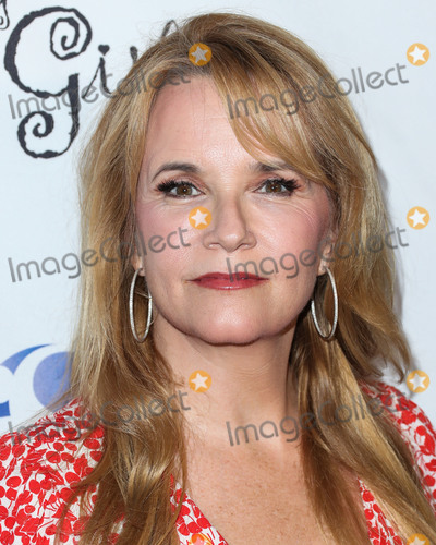 Lea Thompson Photo - HOLLYWOOD, LOS ANGELES, CA, USA - OCTOBER 07: Lea Thompson at The National Breast Cancer Coalition's 18th Annual Les Girls Cabaret held at Avalon Hollywood on October 7, 2018 in Hollywood, Los Angeles, California, United States. (Photo by Xavier Collin/Image Press Agency)