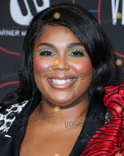 Madness Photo - LOS ANGELES, CA, USA - FEBRUARY 07: Rapper Lizzo (Melissa Jefferson) arrives at the Warner Music Pre-Grammy Party 2019 held at The NoMad Hotel Los Angeles on February 7, 2019 in Los Angeles, California, United States. (Photo by Xavier Collin/Image Press Agency)