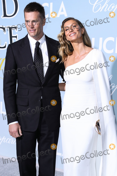 Gisele, Gisele Bundchen, Giselle, Tom Brady, Giselle Bundchen Photo - BEVERLY HILLS, LOS ANGELES, CA, USA - FEBRUARY 21: Football quarterback Tom Brady and wife/model Gisele Bundchen arrive at the 2019 Hollywood For Science Gala held at a Private Estate on February 21, 2019 in Beverly Hills, Los Angeles, California, United States. (Photo by Xavier Collin/Image Press Agency)