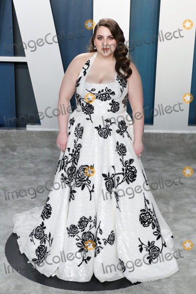 Wallis Annenberg, Beanie Feldstein Photo - BEVERLY HILLS, LOS ANGELES, CALIFORNIA, USA - FEBRUARY 09: Beanie Feldstein arrives at the 2020 Vanity Fair Oscar Party held at the Wallis Annenberg Center for the Performing Arts on February 9, 2020 in Beverly Hills, Los Angeles, California, United States. (Photo by Xavier Collin/Image Press Agency)