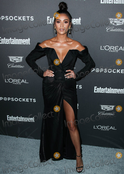 Shai, Shay, Shay Mitchell, Shay Mitchel Photo - WEST HOLLYWOOD, LOS ANGELES, CA, USA - JANUARY 26: Actress Shay Mitchell arrives at the Entertainment Weekly Pre Screen Actors Guild Awards Party 2019 held at Chateau Marmont on January 26, 2019 in West Hollywood, Los Angeles, California, United States. (Photo by Xavier Collin/Image Press Agency)