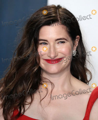 Kathryn Hahn, Wallis Annenberg Photo - BEVERLY HILLS, LOS ANGELES, CALIFORNIA, USA - FEBRUARY 09: Kathryn Hahn arrives at the 2020 Vanity Fair Oscar Party held at the Wallis Annenberg Center for the Performing Arts on February 9, 2020 in Beverly Hills, Los Angeles, California, United States. (Photo by Xavier Collin/Image Press Agency)