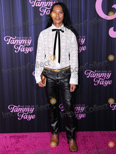 Photo - MANHATTAN, NEW YORK CITY, NEW YORK, USA - SEPTEMBER 14: Fashion designer Zaldy Goco arrives at the New York Premiere Of Fox Searchlight Pictures' 'The Eyes Of Tammy Faye' held at the SVA Theater on September 14, 2021 in Manhattan, New York City, New York, United States. (Photo by Kevin Lian/Image Press Agency)