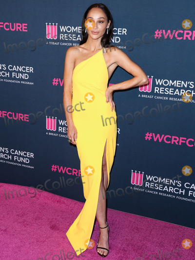 Cara Santana, Four Seasons Photo - BEVERLY HILLS, LOS ANGELES, CALIFORNIA, USA - FEBRUARY 27: Actress Cara Santana wearing Solace London arrives at The Women's Cancer Research Fund's An Unforgettable Evening Benefit Gala 2020 held at the Beverly Wilshire, A Four Seasons Hotel on February 27, 2020 in Beverly Hills, Los Angeles, California, United States. (Photo by Xavier Collin/Image Press Agency)