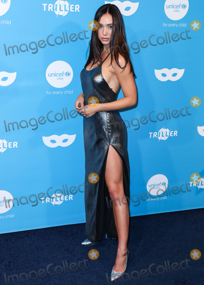 Alexis Ren Photo - WEST HOLLYWOOD, LOS ANGELES, CALIFORNIA, USA - OCTOBER 26: Alexis Ren arrives at the 7th Annual UNICEF Masquerade Ball 2019 held at the Kimpton La Peer Hotel on October 26, 2019 in West Hollywood, Los Angeles, California, United States. (Photo by Xavier Collin/Image Press Agency)
