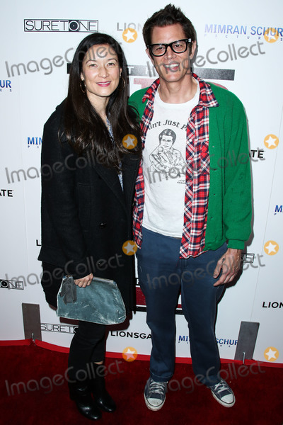 Johnny Knoxville Photo - HOLLYWOOD, LOS ANGELES, CA, USA - MARCH 06: Naomi Nelson and husband/actor Johnny Knoxville arrive at the Los Angeles Premiere Of Lionsgate's 'The Kid' held at ArcLight Cinemas Hollywood on March 6, 2019 in Hollywood, Los Angeles, California, United States. (Photo by Xavier Collin/Image Press Agency)
