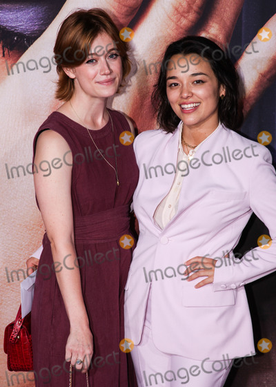 Photo - MANHATTAN, NEW YORK CITY, NEW YORK, USA - SEPTEMBER 14: Actresses Susannah Perkins and Midori Francis Iwama arrive at the New York Premiere Of Fox Searchlight Pictures' 'The Eyes Of Tammy Faye' held at the SVA Theater on September 14, 2021 in Manhattan, New York City, New York, United States. (Photo by Kevin Lian/Image Press Agency)