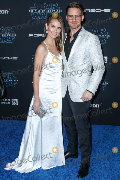Matt Lanter, Angela Lanter Photo - HOLLYWOOD, LOS ANGELES, CALIFORNIA, USA - DECEMBER 16: Angela Lanter and Matt Lanter arrive at the World Premiere Of Disney's 'Star Wars: The Rise Of Skywalker' held at the El Capitan Theatre on December 16, 2019 in Hollywood, Los Angeles, California, United States. (Photo by Xavier Collin/Image Press Agency)
