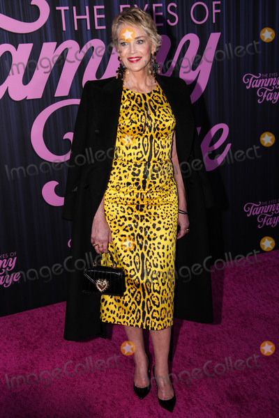 Photo - MANHATTAN, NEW YORK CITY, NEW YORK, USA - SEPTEMBER 14: Actress Sharon Stone arrives at the New York Premiere Of Fox Searchlight Pictures' 'The Eyes Of Tammy Faye' held at the SVA Theater on September 14, 2021 in Manhattan, New York City, New York, United States. (Photo by Kevin Lian/Image Press Agency)