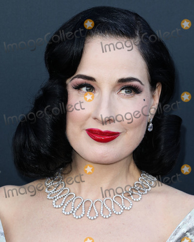 Alec Baldwin, Dita Von Teese Photo - BEVERLY HILLS, LOS ANGELES, CALIFORNIA, USA - SEPTEMBER 07: Dita Von Teese arrives at the Comedy Central Roast Of Alec Baldwin held at the Saban Theatre on September 7, 2019 in Beverly Hills, Los Angeles, California, United States. (Photo by David Acosta/Image Press Agency)