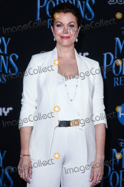 Bellamy Young Photo - HOLLYWOOD, LOS ANGELES, CA, USA - NOVEMBER 29: Bellamy Young at the Los Angeles Premiere Of Disney's 'Mary Poppins Returns' held at the El Capitan Theatre on November 29, 2018 in Hollywood, Los Angeles, California, United States. (Photo by Image Press Agency)
