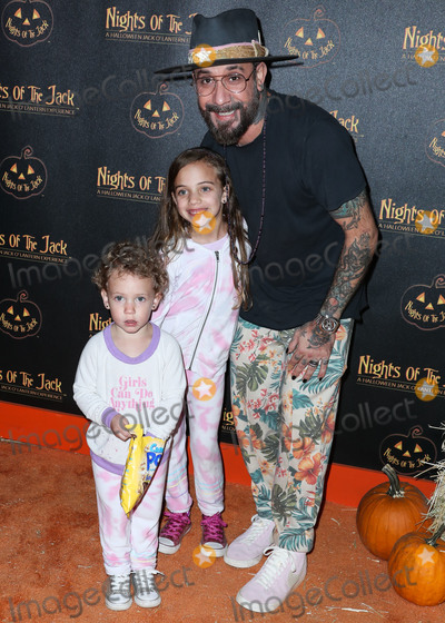 Jackée Photo - CALABASAS, LOS ANGELES, CALIFORNIA, USA - OCTOBER 02: AJ McLean arrives at Nights of the Jack Friends and Family Night 2019 held at King Gillette Ranch on October 2, 2019 in Calabasas, Los Angeles, California, United States. (Photo by Xavier Collin/Image Press Agency)