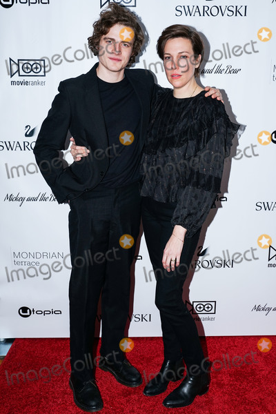 Ben Rosenfield Photo - MANHATTAN, NEW YORK CITY, NEW YORK, USA - NOVEMBER 12: Ben Rosenfield and Rebecca Henderson arrive at the New York Premiere Of Utopia's 'Mickey And The Bear' held at Mondrian Terrace Park Avenue on November 12, 2019 in Manhattan, New York City, New York, United States. (Photo by William Perez/Image Press Agency)