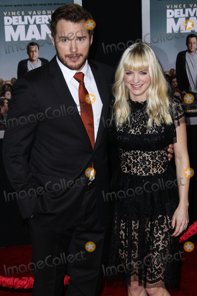 "Anna Faris, Chris Pratt, Christian Louboutin, Dolce and Gabbana, Jewel, Anna Maria Perez de Taglé, Jackée Photo - (FILE) Chris Pratt and Anna Faris Divorce Settlement Details Revealed. The details of the divorce settlement between Chris Pratt and Anna Faris are coming to light. The two, who obtained a private judge to work out the deal, reportedly signed off on the deal on Wednesday (November 7, 2018) according to TMZ. According to the documents, they have agreed to live ""no more than five miles apart for about the next five years."" This deal was made so that the two parents stay in place until their six-year-old son, Jack, completes the sixth grade. HOLLYWOOD, LOS ANGELES, CA, USA - NOVEMBER 03: Actors Chris Pratt and Anna Faris (wearing a Dolce and Gabbana dress, Christian Louboutin shoes, and Irene Neuwirth jewels) arrive at the Los Angeles Premiere Of DreamWorks Pictures' 'Delivery Man' held at the El Capitan Theatre on November 3, 2013 in Hollywood, Los Angeles, California, United States. (Photo by Xavier Collin/Image Press Agency)"