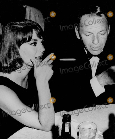 Frank Sinatra, Natalie Wood Photo - Frank Sinatra with Natalie Wood Photo by Globe Photos, Inc.