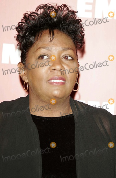 Anita Baker Photo - Anita Baker - Emi Post-grammy Bash - Paramount Studios, Hollywood, California - 02-08-2006 - Photo by Nina Prommer/Globe Photos, Inc 2006