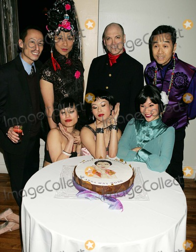 """Anna MAY Wong Photo - K41224RMPAN ASIAN REPERTORY THEATRE BENEFIT, CELEBRATING THE 100TH BIRTHDAY OF ANNA MAY WONG, """" HOLLYWOOD FIRST ASIAN-AMERICAN STAR """" AT THE MANHATTAN PENTHOUSE IN NEW YORK CITY1-24-2005PHOTO BY:RICK MACKLER-RANGEFINDERS-GLOBE PHOTOS, INC  2005ANNA MAY WONG LOOK-ALIKE CONTEST"""
