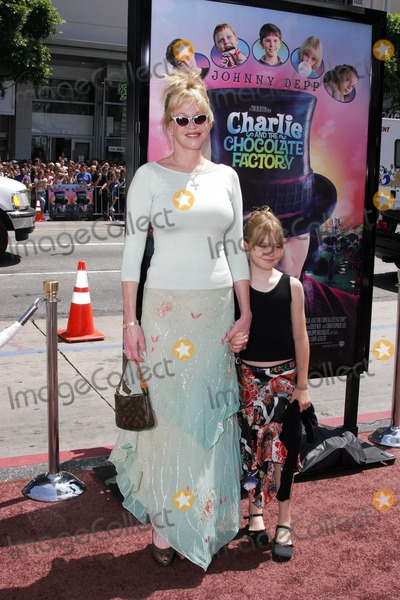 Melanie Griffith, Melanie Griffiths, Grauman's Chinese Theatre Photo - Melanie Griffith Arrives with Daughter Stella - Charlie and the Chocolate Factory - World Premiere - Grauman's Chinese Theatre, Hollywood, CA - 07-10-2005 - Photo by Nina Prommer/Globe Photos Inc2005 -