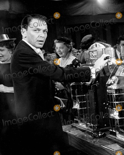 "Frank Sinatra, Tv-film Still, Tv-film Stills Photo - Frank Sinatra (Danny Ocean) in ""ocean's Eleven"" Supplied by Smp-Globe Photos, Inc. Tv-film Still"