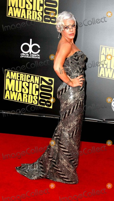 Pink, Alecia Moore, Pink (Alecia Moore) Photo - Pink - Alecia Moore Singer 2008 American Music Awards Red Carpet Arrivals Nokia Theater, Los Angeles, CA. 11-23-2008 Photo by Graham Whitby Boot-allstar-Globe Photos, Inc. 2008