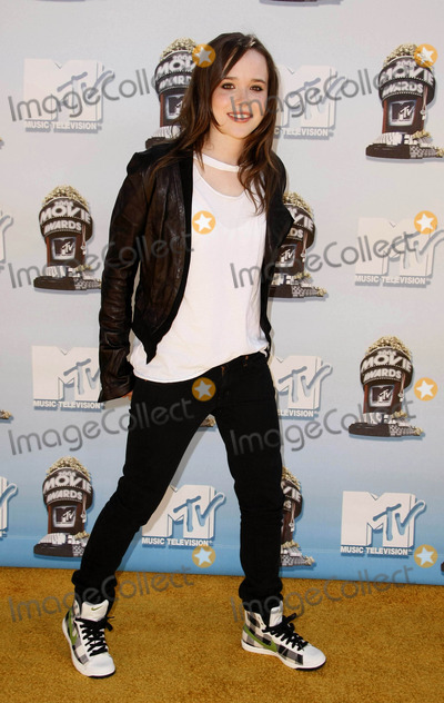 Ellen Page Photo - 2008 Mtv Movie Awards, Gibson Amphitheater, Los Angeles, CA 06-01-2008 Photo by Graham Whitby Boot-allstar-Globe Photos, Inc.2008 Ellen Page
