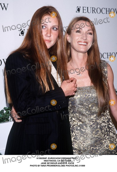 Jane Seymour Photo - : Eurochow Opening Party Westwood, CA 06/17/2000 Jane Seymour and Dtr. Katie Photo by Nina Prommer/Globe Photos,inc.