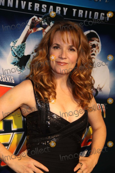 Lea Thompson Photo - Lea Thompson at ''Back to the Future'' 25th Anniversary Trilogy Blu-ray Release Party at Guastavino's E.59st, New York City 10-25-2010 . Photo by John Barrett/Globe Photos, Inc.2010