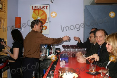 Al Leiter Photo - AL Leiter Bar Tending at Sports Club LA/ NYC, New York City 01-20-2005 Photo: Mitchell Levy-ipol-Globe Photos Inc. 2005 AL Leiter